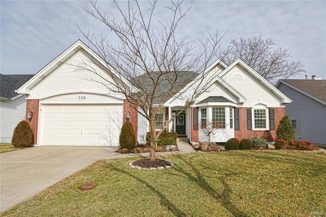 306 Woodcliffe Place Drive, Chesterfield, MO 63005