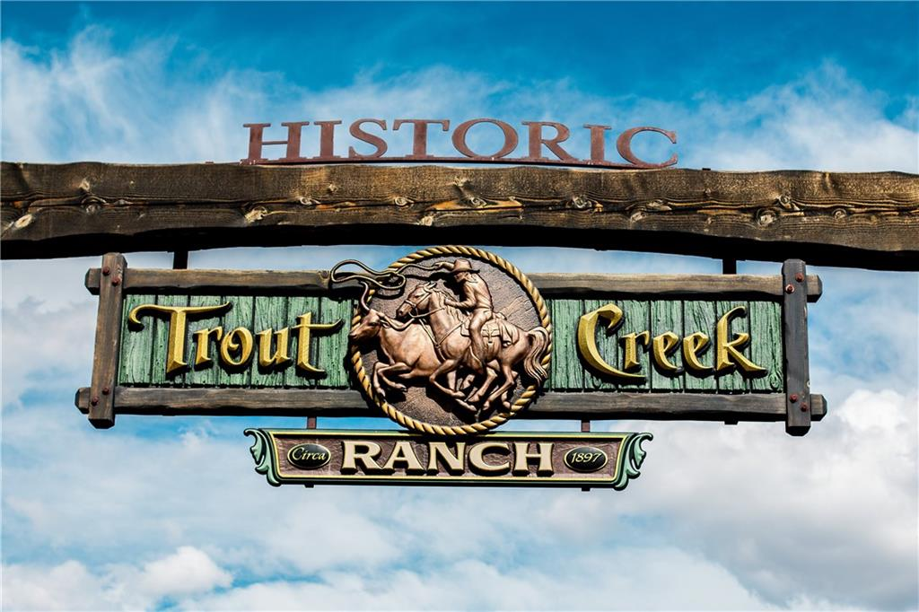 Welcome to the Trout Creek Ranch!