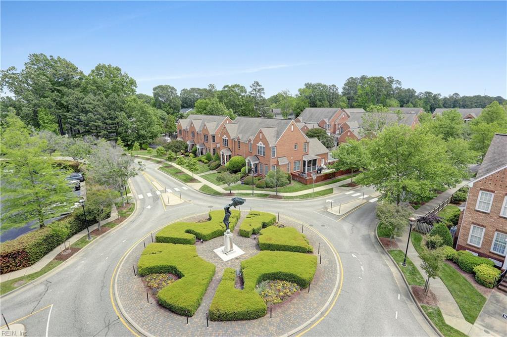 2413 William Styron Square S, Newport News, VA 23606