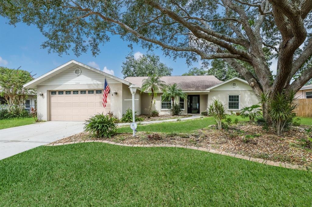 908 72Nd Street NW, Bradenton, FL 34209