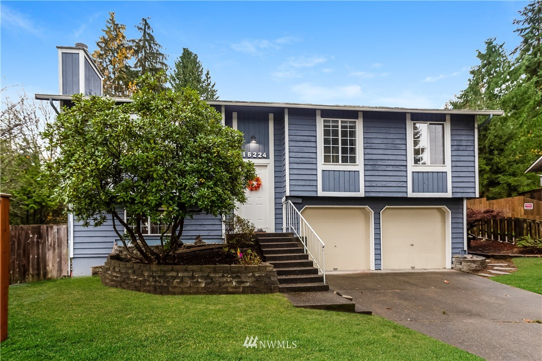 Pacific NW wonderland in the heart of Education Hill. Open and airy, the layout makes exceptional use of space. Fully remodeled in 2018, this open concept home boasts beautiful granite counters, stainless steel appliances, beautiful fixtures, rich wood floors, and an abundance of sunlight through big beautiful windows. The kitchen is the heart of this home. Daylight basement, with walk out patio is a beautiful bonus space, or enjoy as a sumptuous fourth bedroom, replete with full bathroom. Unwind on the large deck & spacious yard. Warm up around the fire pit, after a restorative day at home, or take a walk to one of many parks in the area. Award winning schools. Minutes to Microsoft, Woodinville Wineries, Redmond shopping & so much more.