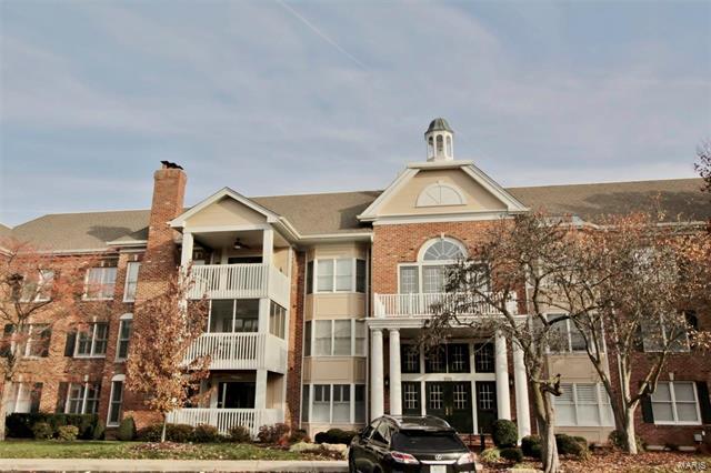 208 Ambridge Court, Chesterfield, MO 63017