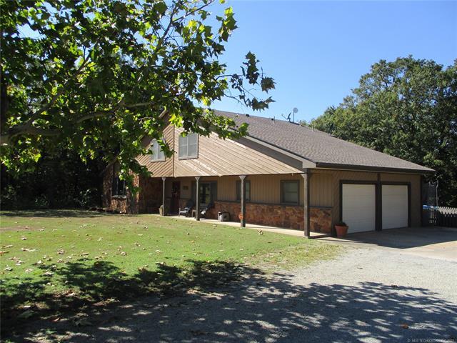 3020 N Wild Oak Drive, Cushing, OK 74023