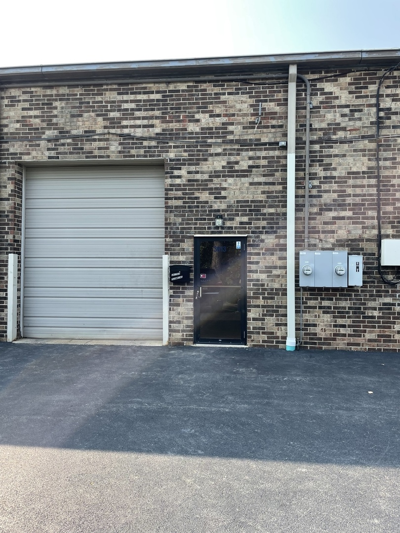 3013 N North Lake Terrace 8, Glenview, IL 60026
