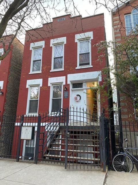 1424 N Bosworth Street, Chicago, IL 60642