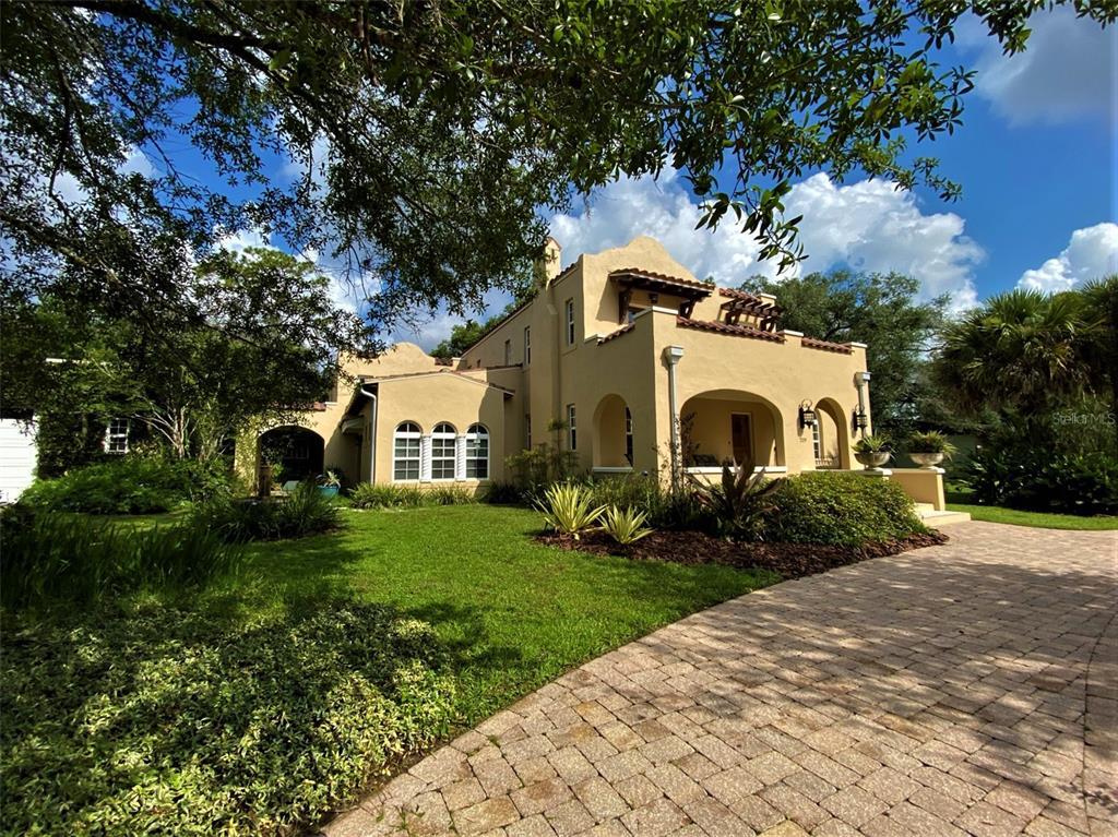219 S Glen Arven Avenue, Temple Terrace, FL 33617