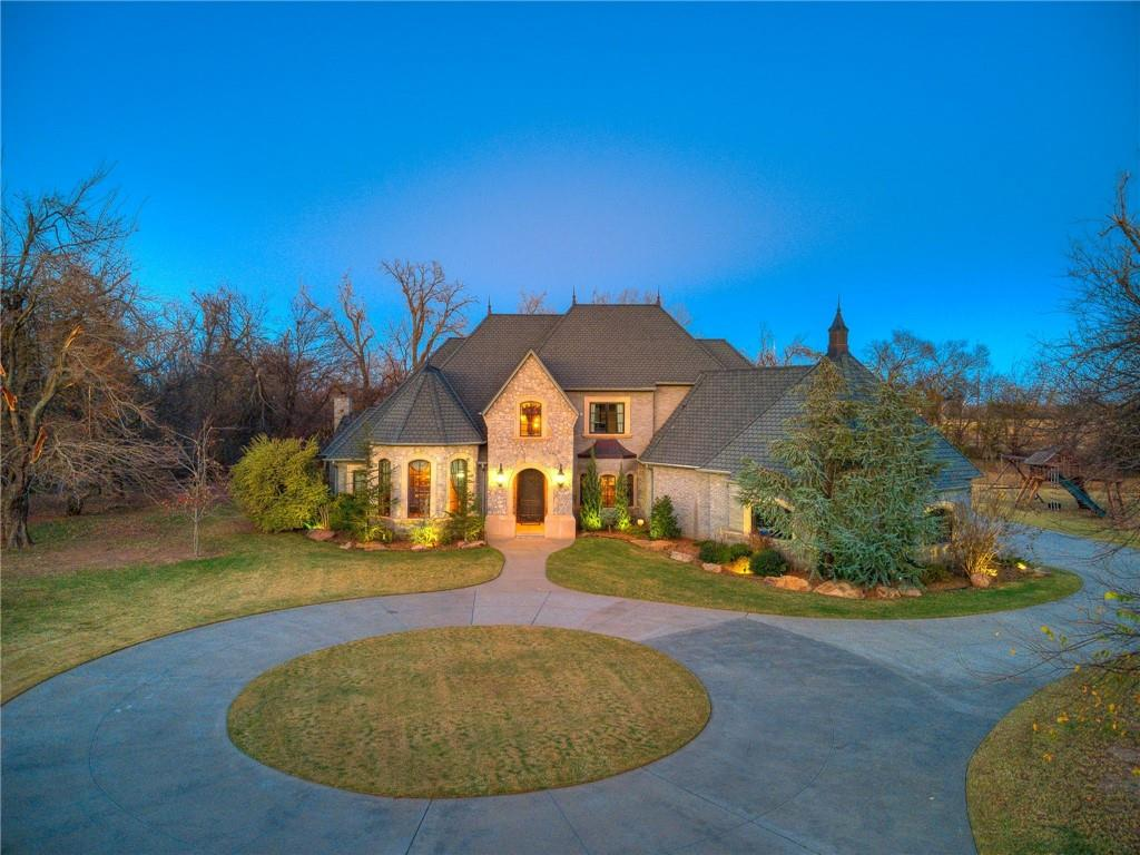 This remarkable custom home rests on 2+ acres of luxury living.As you pull intothegated drive, you'll feel how special this place truly is.Inside you're welcomed by a grand foyer & elegant staircase.1st floor has a study w/built-ins, formal dining, living room w/floor to ceiling stone fireplace &built-ins.A kitchen built for a chef- 6 burner gas stove w/griddle, pot filler, pantry,lg.island & much more.Master suite is a privateretreatw/a luxurious ensuite & walk-in closet.Also, a guest bedroom, full bath &lg.laundryrmw/built-in desk, hanging space & storageareon the 1st floor.Upstairs you will find 2 bedrooms w/walk-in closets &Jack-n-Jill bath.Atheater roomw/wet bar, projector & built-ins.2nd bonus space flex room & powder bathjust off the bonus spaces.Outside is a backyard oasis.Gorgeous cabana w/outdoor kitchen, wood burning fireplace,poolbath & plenty of space to hosts guests.Pool has a beautiful waterfall, slide & spa.This the perfect place to call Home!