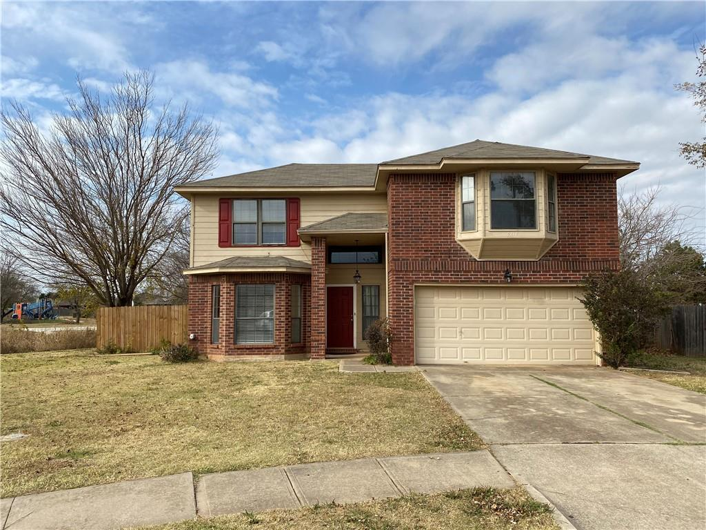 Great price for the area! Close to everything on the highly sought after Nw Norman location. It has a small park beside it and prairie creek park behind it. Perfect house for a young family.
