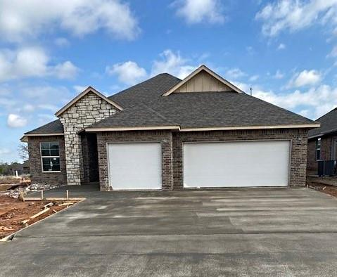 This brand new 3-bedroom home offers an open living/dining layout with a indoor utility and outdoor covered patio. The kitchen features stainless steel appliances with gas range, microwave, granite counter tops, tile backsplash and breakfast bar.