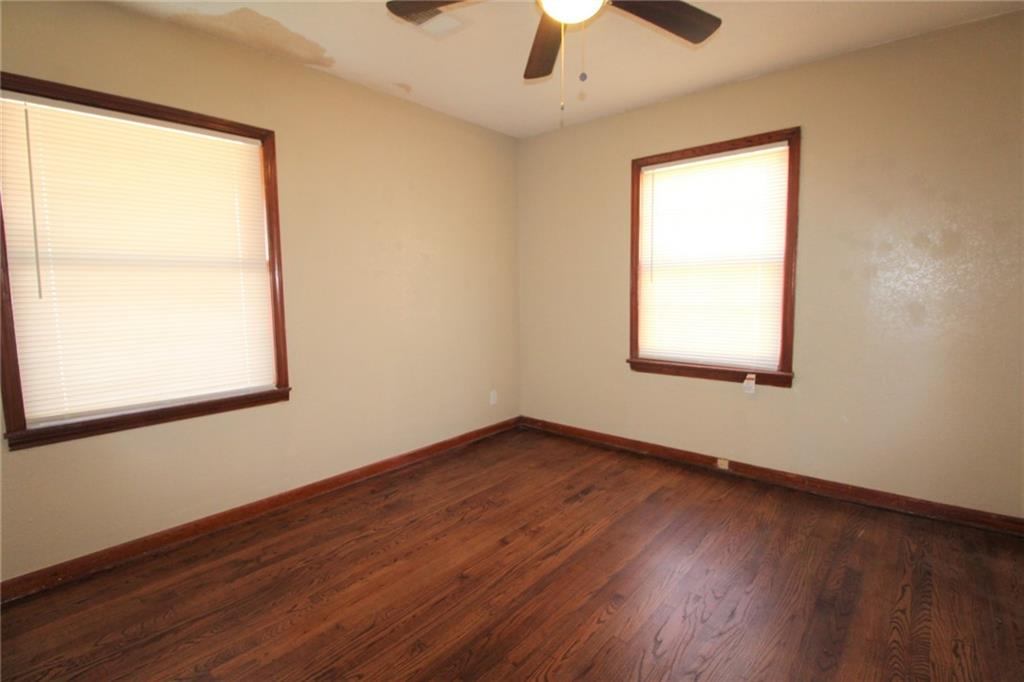 3 Bedroom 1 bathroom home located close to shopping and restaurants. stove & fridge supplied. central heat & air conditioning, large covered front porch. hard wood floors, large back yard. Security deposit is equivalent to one month rent. Application fee applies per adult.