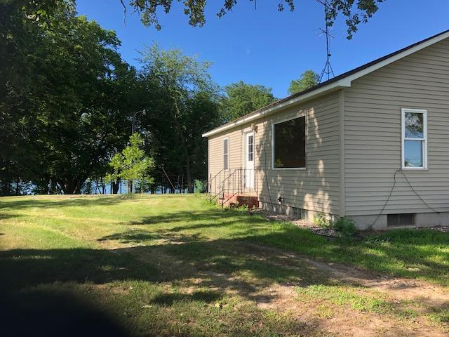 2 Bedroom year round home on Maple Lake with 140' Lake shore,  gradual slope to the lake. Owner/Agent