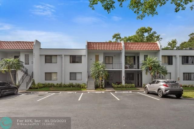 Location, location, location! This beautiful totally remodeled unit with one private parking space is located in the city of Weston. 2 bedroom and 2 bathroom plus den with option to use as 3rd bedroom. The minute you walk in, you can see the spacious floor plan and the tri-split of the bedrooms. There is no other unit like it available. It's a must see to appreciate. Call us today for an easy showing.. this property will not last. Maintenance includes: Insurance exterior, cable with Comcast, water and general maintenance. Minimum 20% down per association.