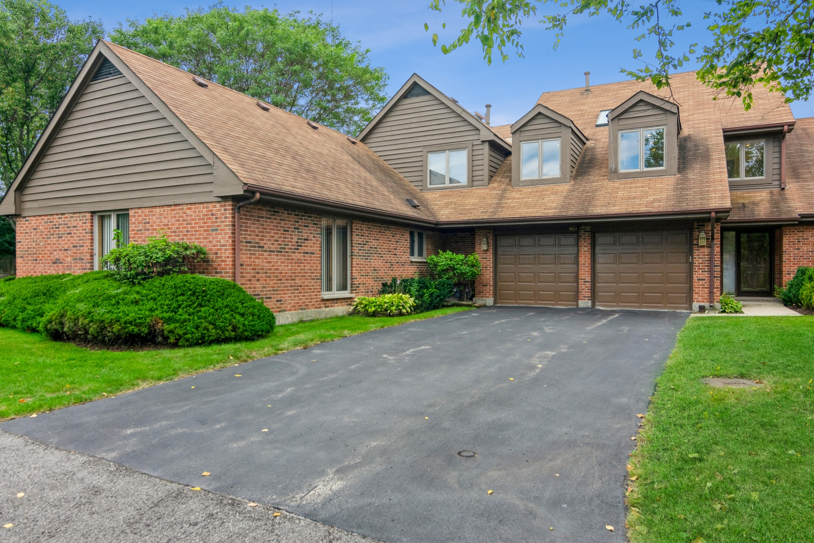 4172 picardy Drive, Northbrook, IL 60062