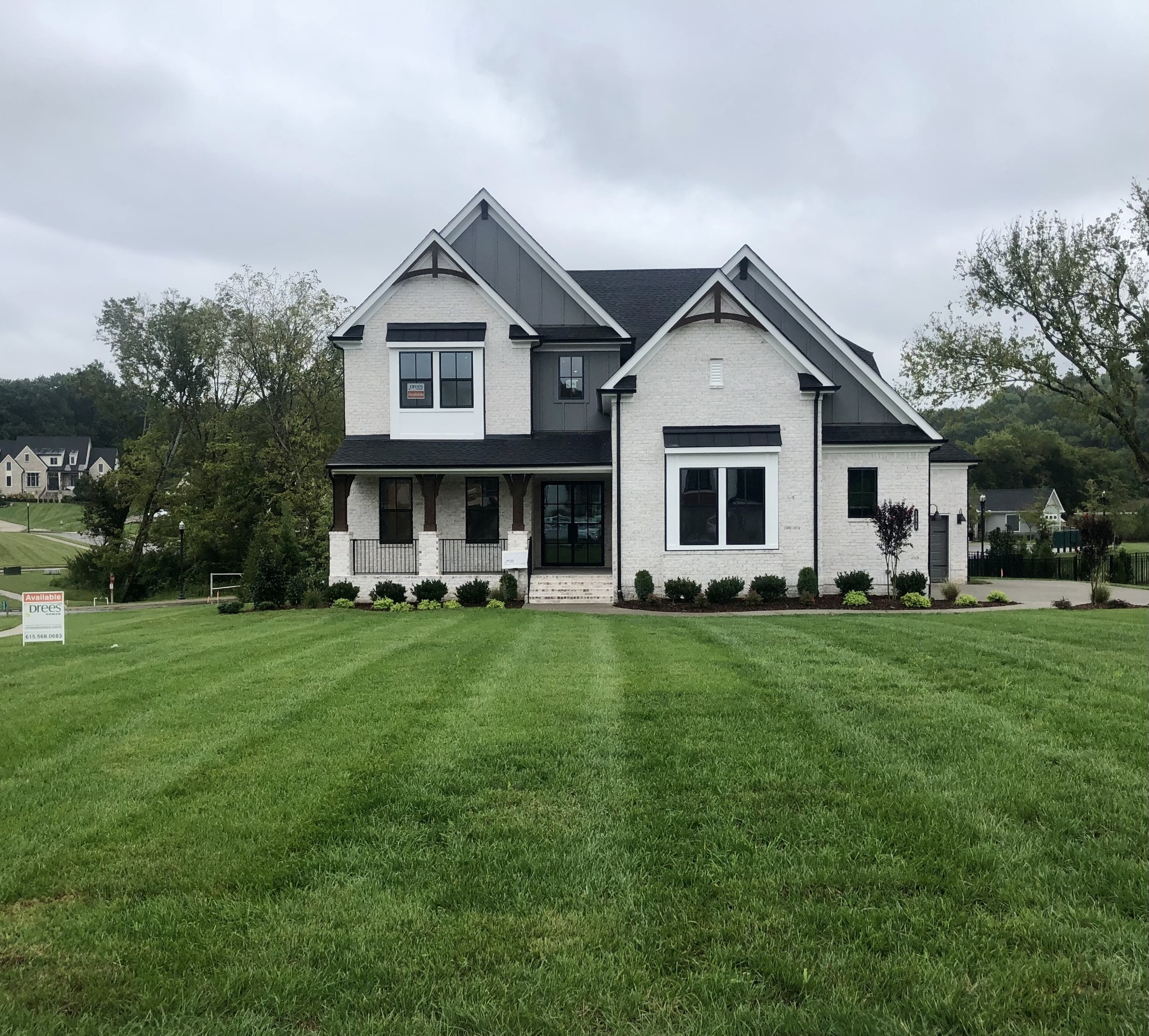 Drees Homes Somerville: 4 CAR GAR.!1st.Fl.Owner's, Custom BA w/ Walk through Shower, Freestanding Tub & Huge WIC, Guest w/Private Bath, Study, Family w/Wood Beam Ceiling. Designer Kitchen w/Lg. Island,Working Pantry & Walk In Pantry, Cov. Porch w/Gas F.P. Upstairs- 3 BR En-Suites, Game Rm. w/2nd Story Cov. Porch,Wet Bar&Media Rm.w/Sliding Barn Doors. Fencing & Full Yard Irrigation w/Scenic views of Treed Open Space, located on corner of a quiet cul de sac.$7500 PAID CLOSING COSTS W/FEM!