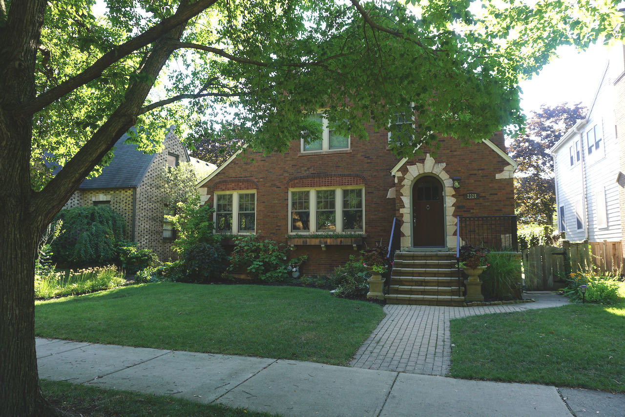 2328 Prospect Avenue, Evanston, IL 60201