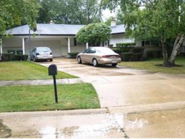 3135 Plum Island Drive, Northbrook, IL 60062