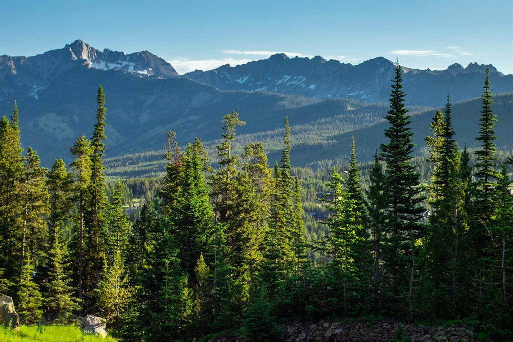 Breathtaking views of the Spanish Peaks highlight this ski access lot within the Diamond Hitch neighborhood of Moonlight Basin. This private, wooded homesite backs up to Big Sky Resort open space giving it a spacious feel. See agent for details on Moonlight Membership, which includes access to Jack Nicklaus' Reserve Golf Course, Moonlight Lodge, and Ulery's Lake activity area.