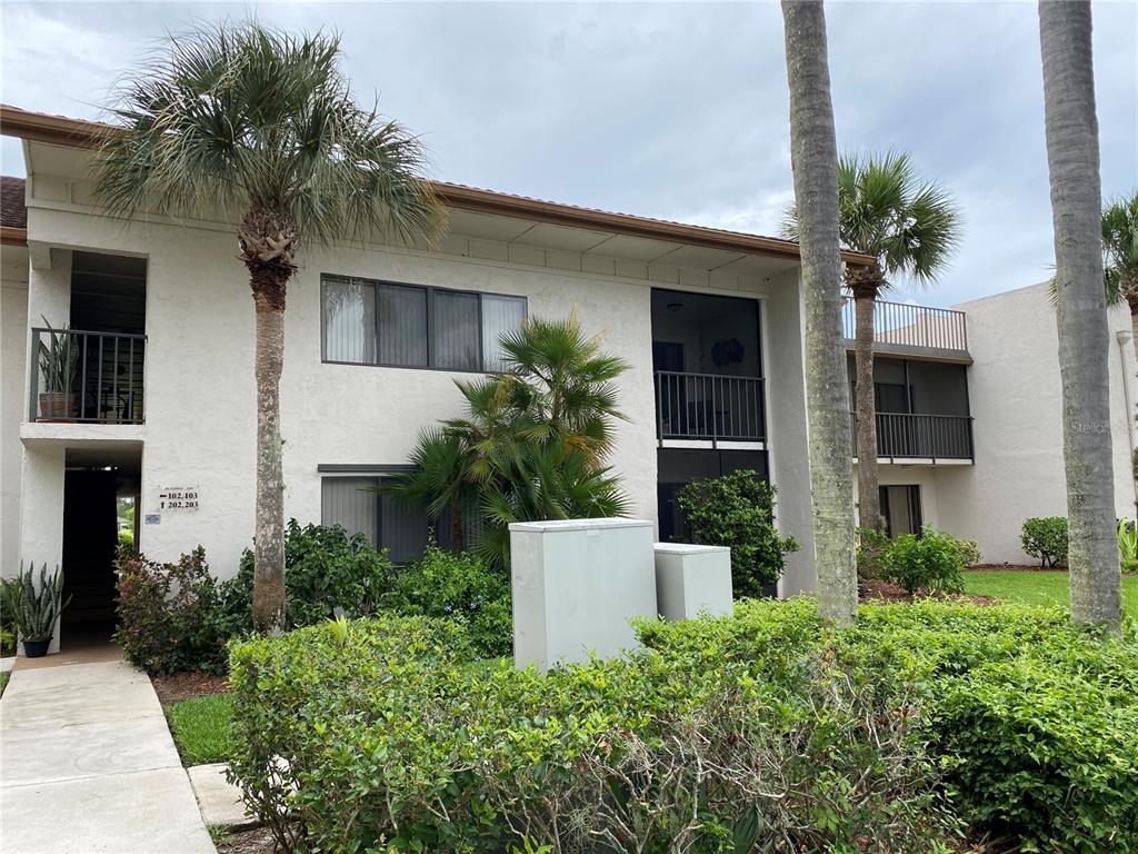 3500 Twin Lakes Terrace 203, Fort Pierce, FL 34951