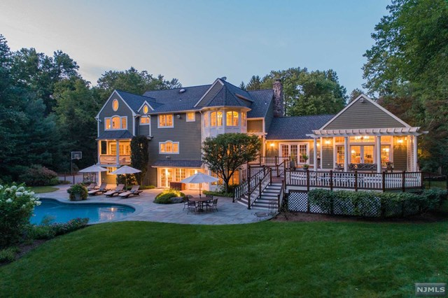 860 Old Mill Road, Franklin Lakes, NJ 07417