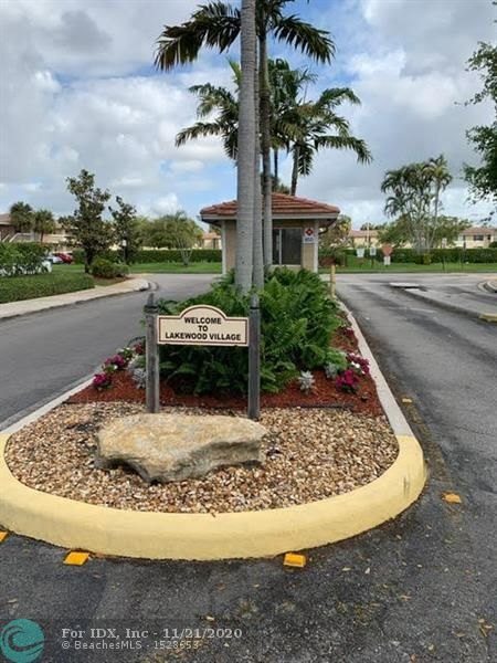 ATTENTION INVESTORS!!! OR First time home buyers!! 2/2 in the heart of Coral Springs. Tenant is willing to stay until lease is complete, OR move with some notice. YOUR CHOICE. This home is maintained and ready to go. Make this YOUR HOME!