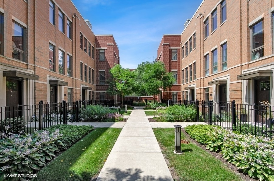 1632 S Prairie Avenue 3, Chicago, IL 60616