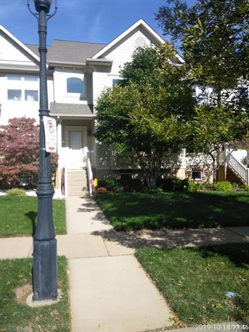 4251 Olive, St Louis, MO 63108