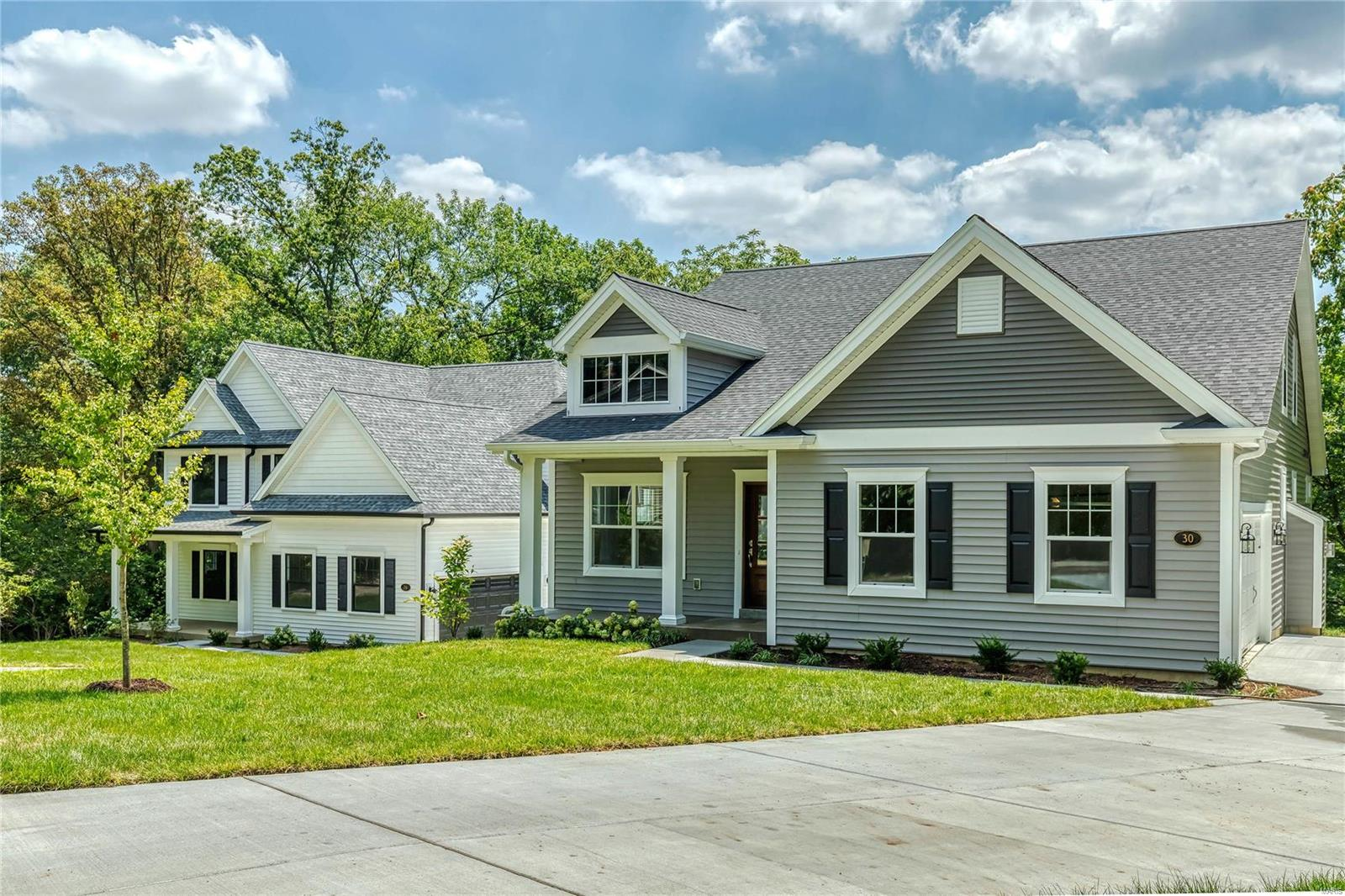 30 Summit Place, Webster Groves, MO 63119