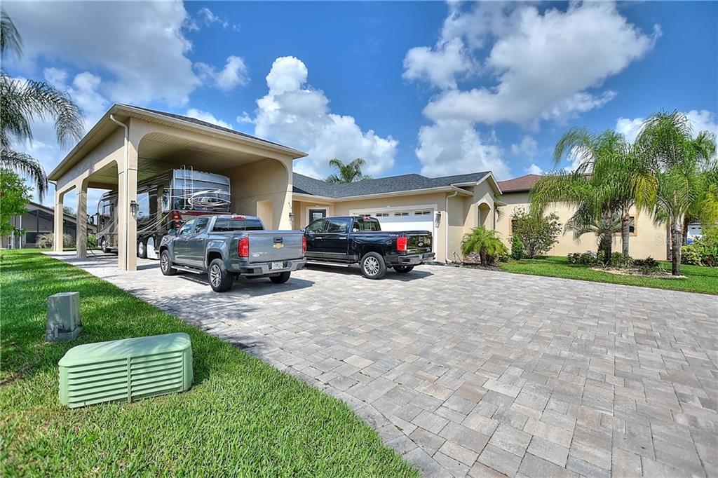 516 Homecoming Way, Polk City, FL 33868