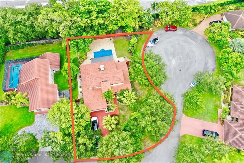 https://youtu.be/saKIpV83ucE *Jacaranda Lakes, one of the most DESIRABLE LOCATIONS in Plantation. GATED COMMUNITY & LOW HOA!! This charming, 4/3 is perfect for even the pickiest buyer. HUGE LOT SIZE, takes up the entire side of a cul de sac. Walk through recently updated Front [FRENCH,IMPACT] doors (6K value) and enjoy that contemporary/modern feel as you approach an open layout with lots of natural lighting. From the curb appeal to the back yard, this magical home features all IMPACT windows and doors, a SALT WATER POOL, high ceilings. Lots of recent upgrades and newer appliances. List goes on and on. A RARE FIND!