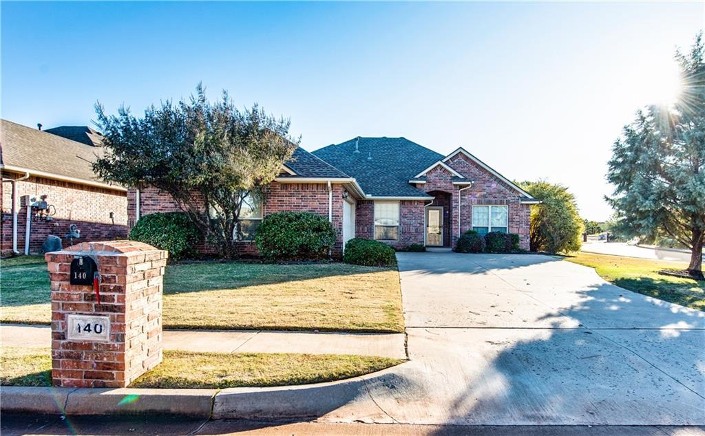 Beautiful home in Edmond School!  3 bedrooms and 2 full baths.  Great location!