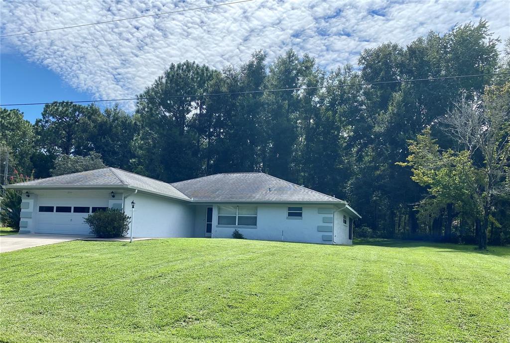 2020 W Snowy Egret Place, Citrus Springs, FL 34434