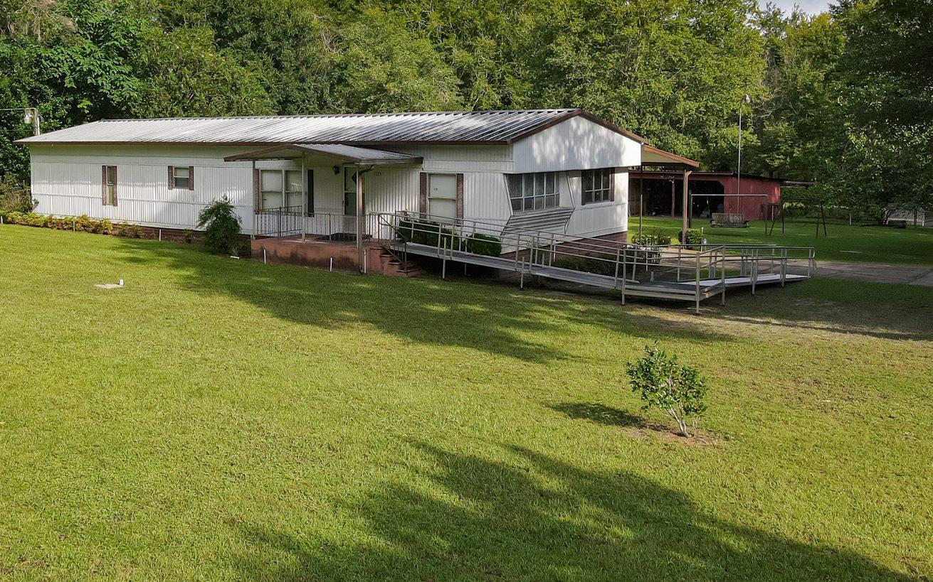 111 SW Riddle Lane, Lake City, FL 32024