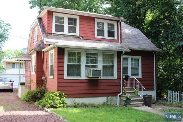 751 Ray Avenue, Ridgefield, NJ 07657