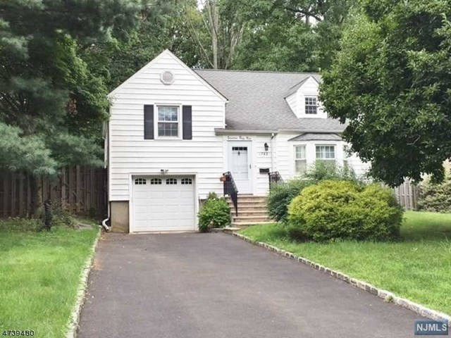 1743 Ramapo Way, Scotch Plains, NJ 07076