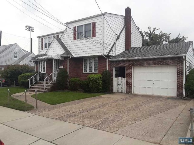 80 Kennedy Drive, Lodi, NJ 07644