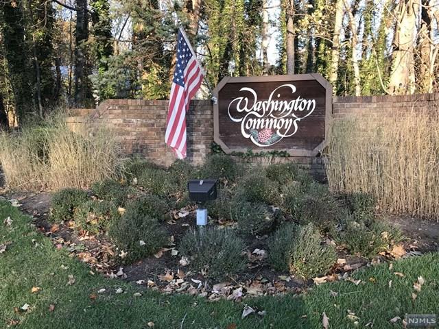 135 Windsor Circle, Township of Washington, NJ 07676