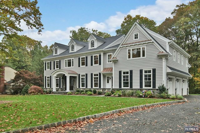 582 Cresthaven Road, Wyckoff, NJ 07481