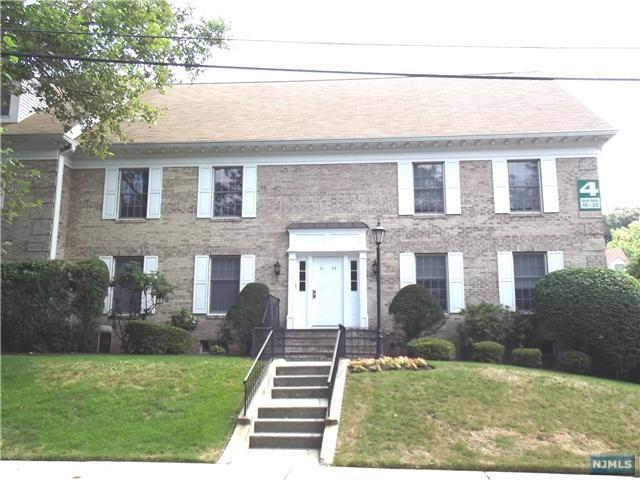 21 S Maple Avenue, Park Ridge, NJ 07656