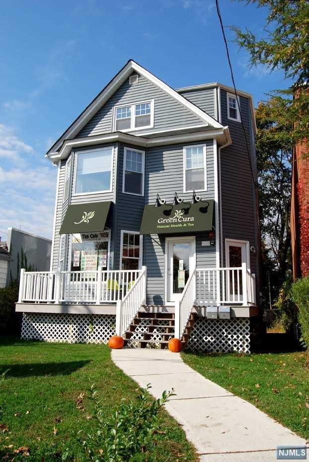 454 Broad Avenue, Leonia, NJ 07605