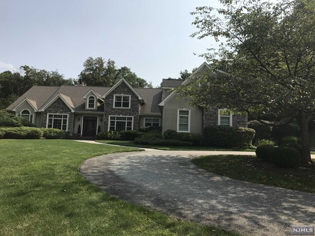 7 Hazelwood Lane, Butler, NJ 07405