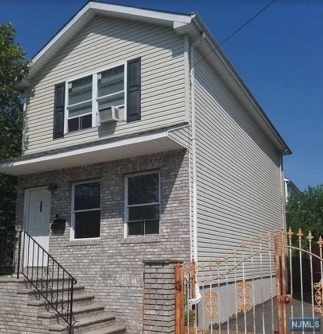 468 S 12th Street, Newark, NJ 07103