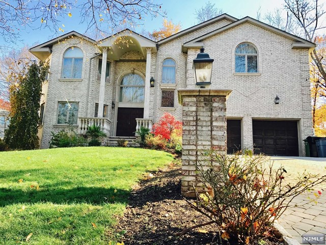 690 Terrace Drive, Paramus, NJ 07652