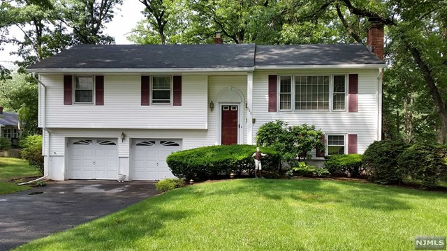580 Hoover Avenue, Township of Washington, NJ 07676