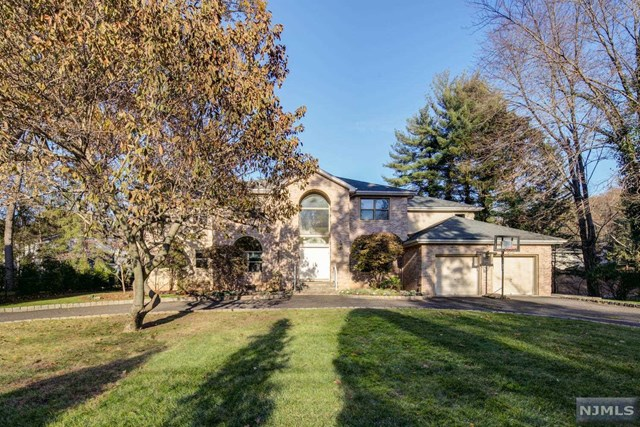 59 Bliss Avenue, Tenafly, NJ 07670