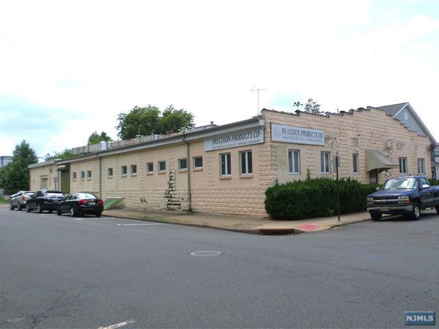246 Llewellyn Avenue, Hawthorne, NJ 07506
