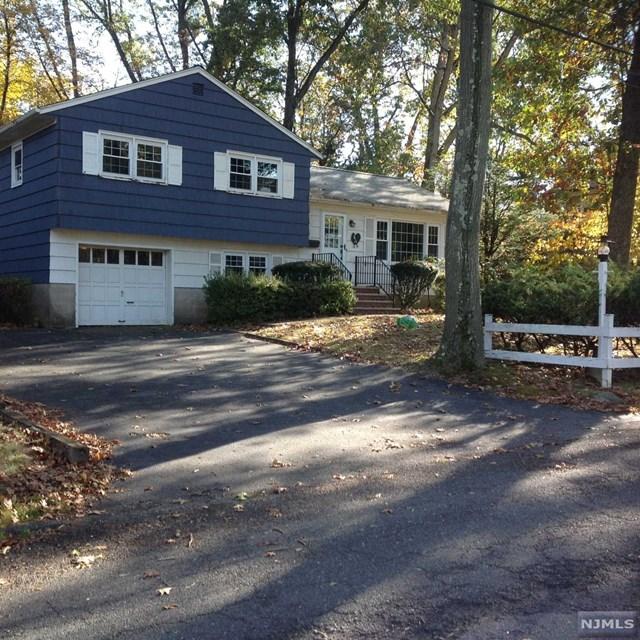 18 Phyllis Drive, Montvale, NJ 07645