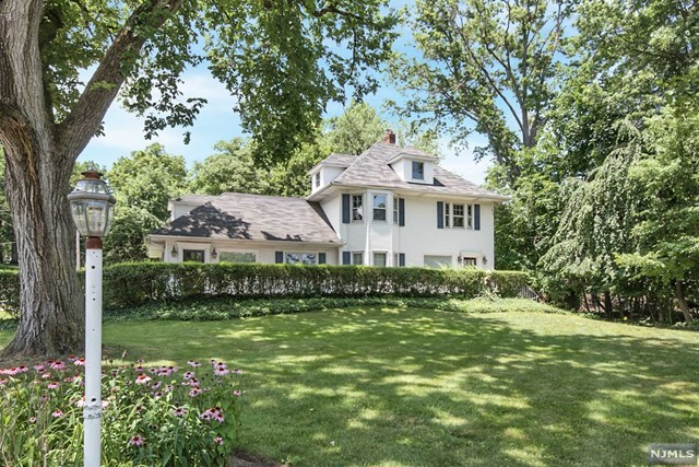 537 Kinderkamack Road, Oradell, NJ 07649