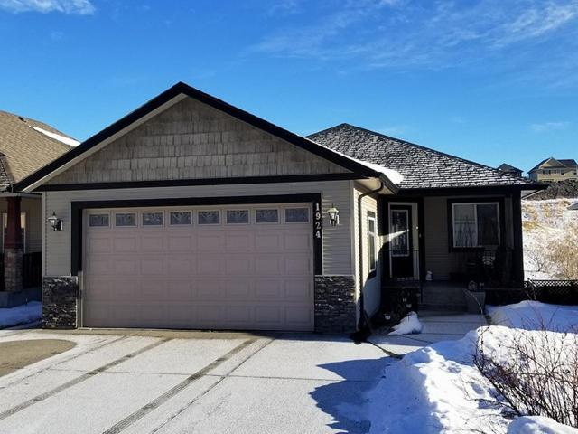 1924 SNOWBERRY CRES, Kamloops, 3 bed, 3 bath, at $549,900