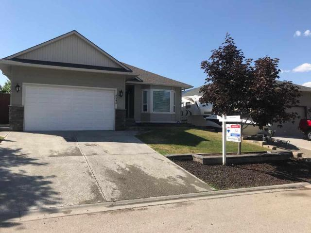 8942 GRIZZLY CRES, Kamloops, 5 bed, 3 bath, at $529,900