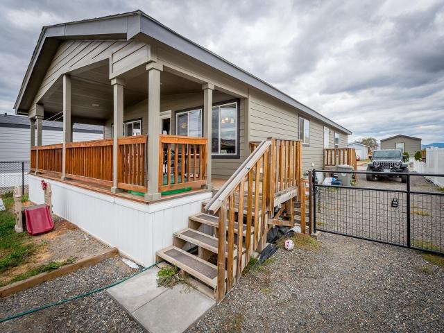 1263 KOOTENAY WAY, Kamloops, 3 bed, 2 bath, at $260,000